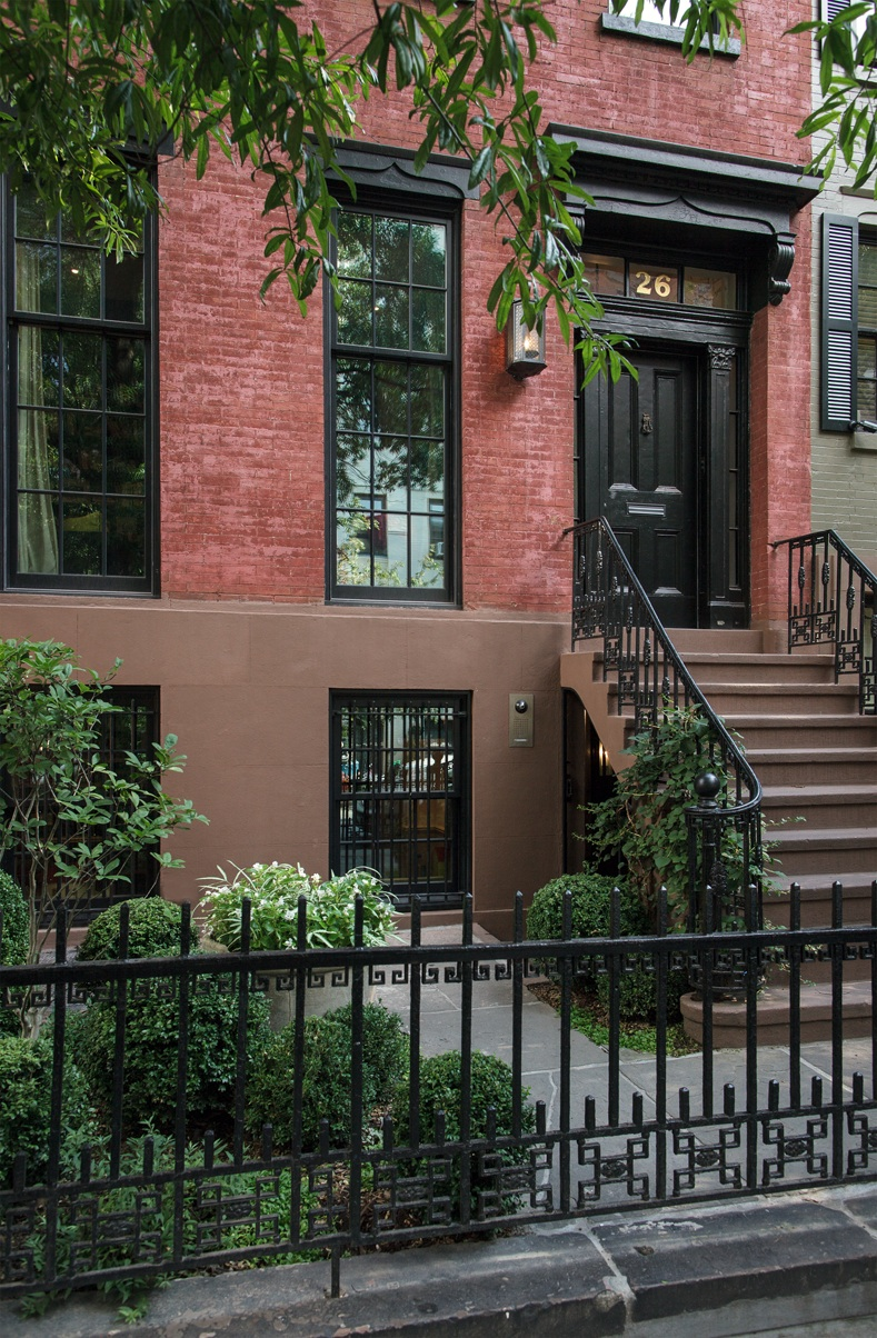 West village townhouse for Manhattan west village apartments